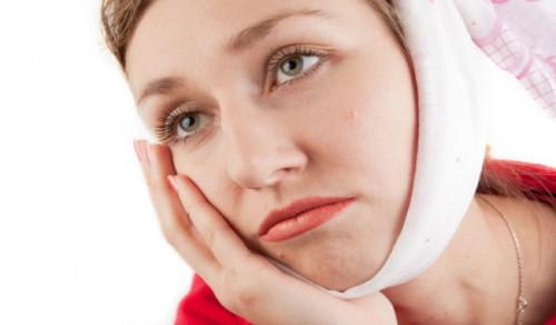 Làm gì sau khi nhổ răng khôn là tốt nhất 3