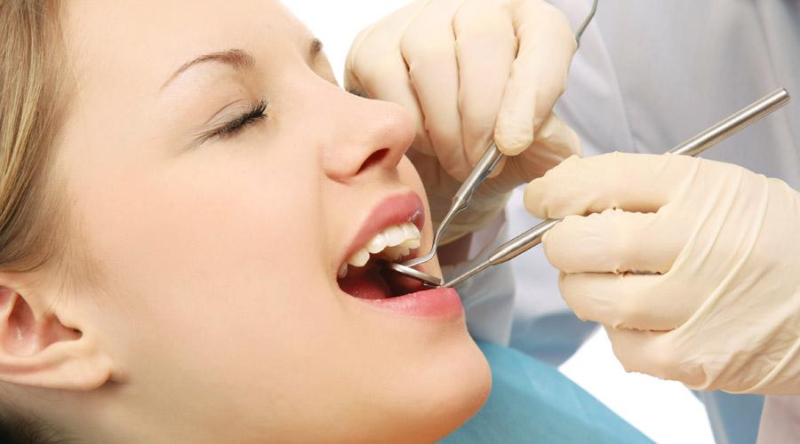 Trám răng có đau không - BS nha khoa giải đáp 1