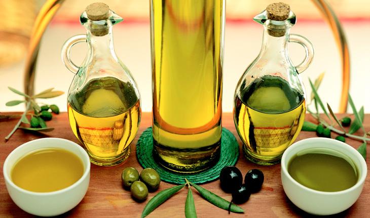 2 cách thần tốc để biến dầu oliu làm trắng răng! 1