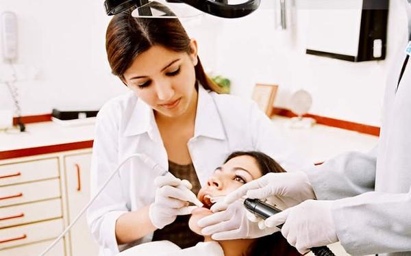 Những cách điều trị Sâu Răng tại nhà vô cùng hiệu quả