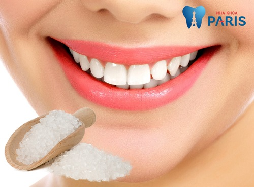 Cách làm trắng răng bằng muối có tốt không?