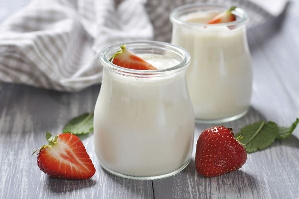 Sữa chua giúp chữa hôi miệng hiệu quả