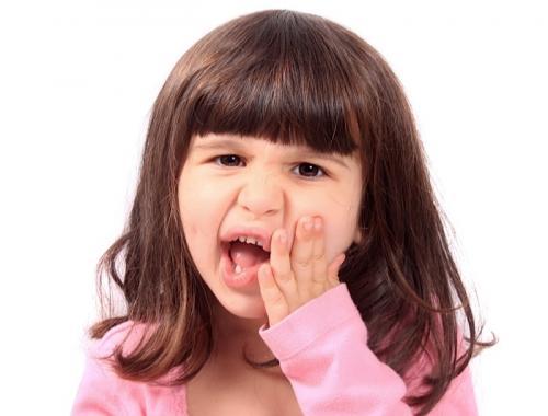 Cảnh báo: Tình trạng trẻ nghiến răng về đêm có hại như thế nào 2