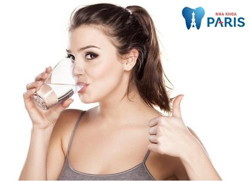 Cách trị hôi miệng bằng nước muối tại nhà đúng chuẩn HIỆU QUẢ 100% 2