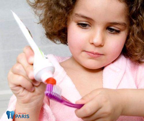 Nguyên nhân ăn kẹo sâu răng ở trẻ và cách điều trị HIỆU QUẢ 3